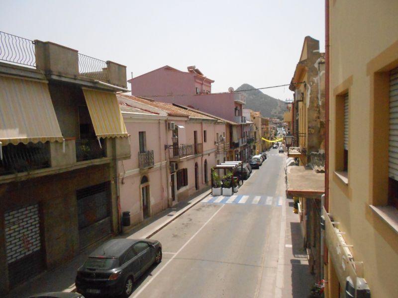 Locale commerciale mq. 60 - 4 Mori Immobiliare