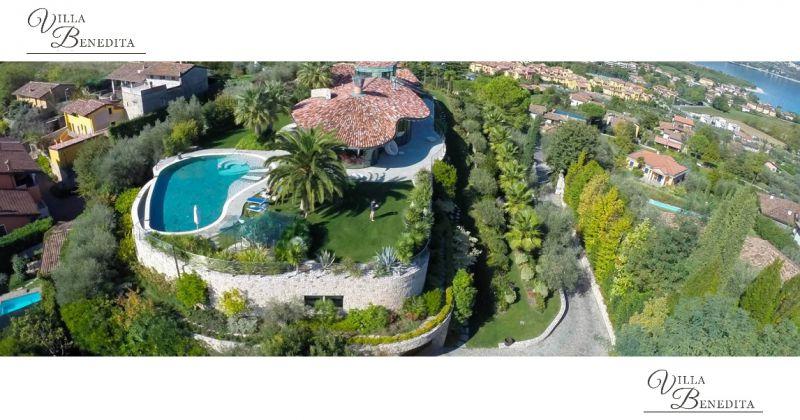 VILLA BENEDITA - ANGEBOT urlaube in luxusvilla mit schwimmbad am GARDASEE Italien