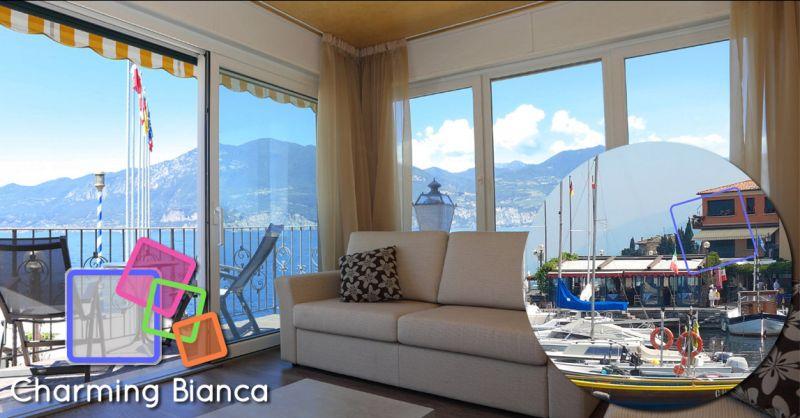 Charming Bianca - Appartamento turistico sul porto direttamente a lago