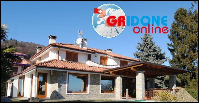 GRIDONE IMMOBILIARE - Gelegenheit Luxusvilla am Lago Maggiore mit Garten, sofort bewohnbar.